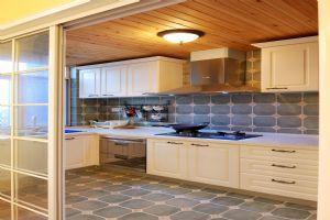 地中海风格厨房装饰设计效果图